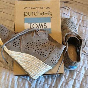Toms Desert Wedges